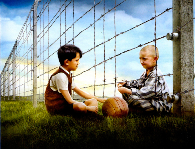 Мальчик в полосатой пижаме - краткое содержание романа Бойна