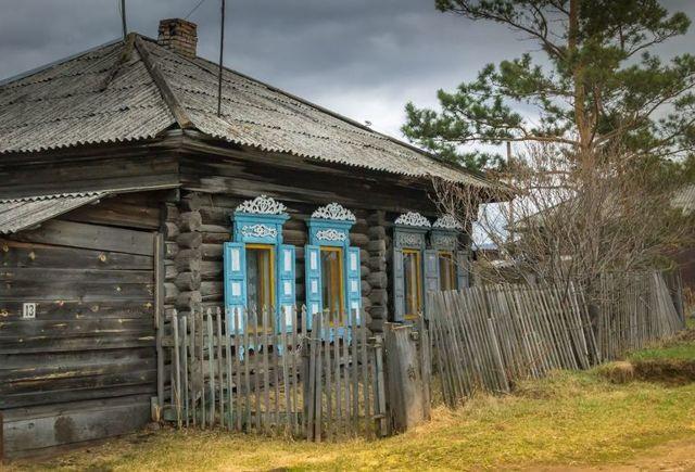 Анализ стихотворения Есенина Низкий дом с голубыми ставнями