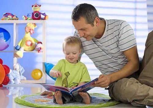 Сочинение Какова роль отца в жизни ребенка? Итоговое