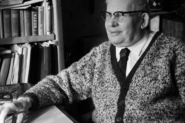 Писатель Александр Волков. Жизнь и творчество