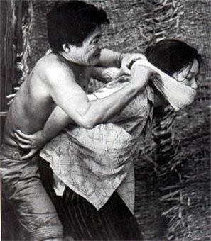 Женщина в песках - краткое содержание романа Абэ